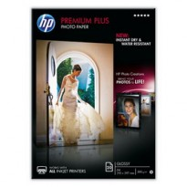 RISMA 20 FG CARTA FOTOGRAFICA HP PREMIUM PLUS PHOTO PAPER LUCIDA A4 300GR CR672A